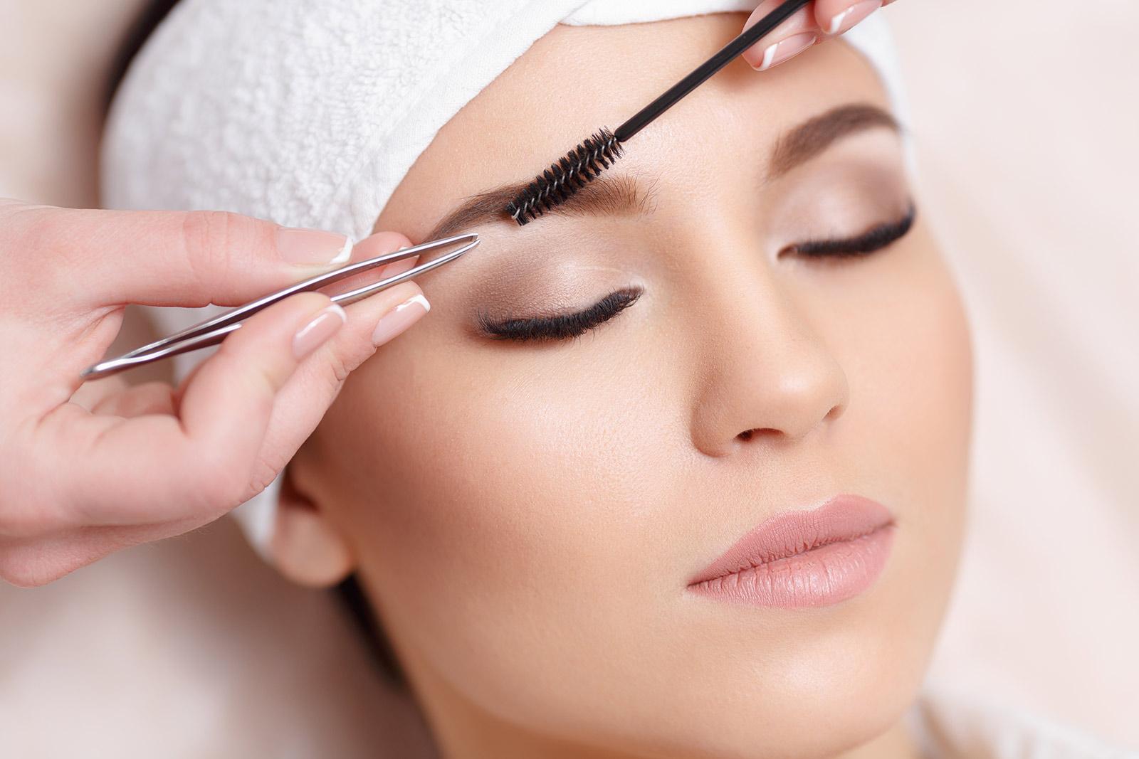 The 10 Best Eyebrow Growth Serums To Buy In 2018 Bestseekers