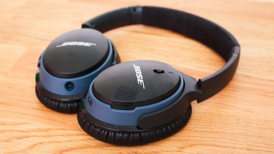 06bose-soundlink-around-ear-wireless-headphones-ii