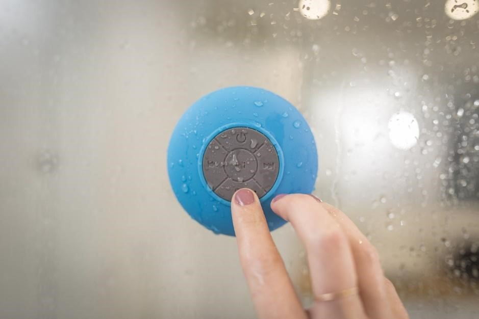 The 10 Best Shower Speakers to Buy in 2020 - BestSeekers