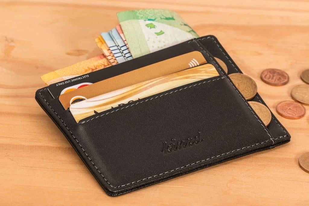 Best Thin Minimalistic Wallets
