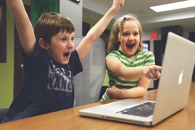 best affordable gaming laptop children-win-success-video-gam