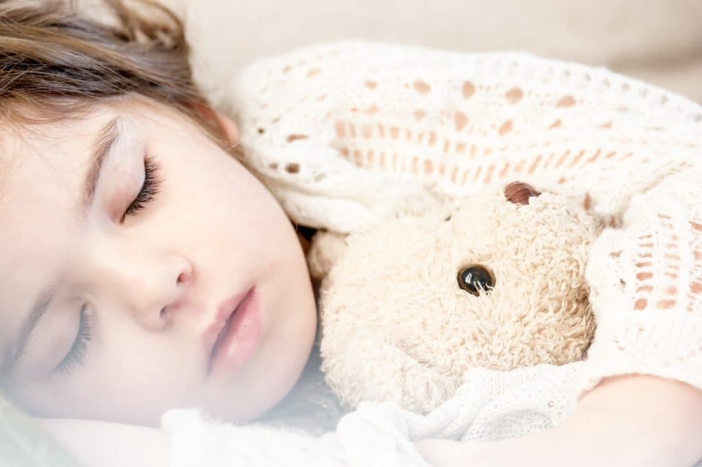 best portable air conditioner sleeping-child-napping-girl-teddy