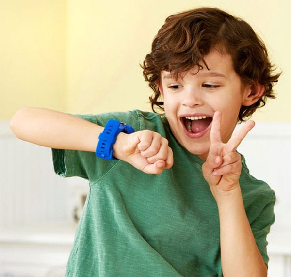 Kid taking a selfie on his smart watch