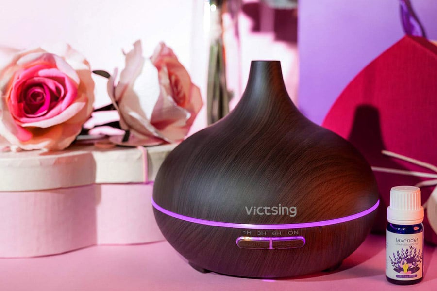 VicTsing purple Oil Diffuser on the table