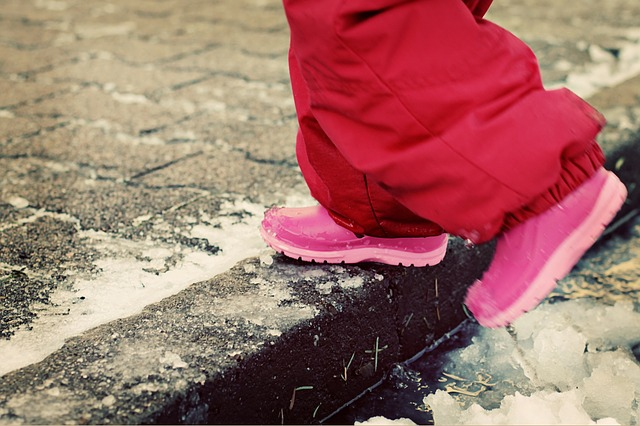 winter-boots-snow-snow-suit-puddle