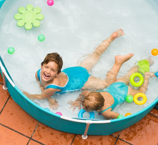 children in kiddie pool