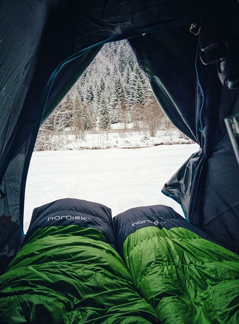 sleeping bag for cold weather inside a tent