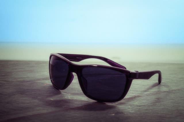 wayfarer sunglass