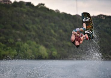 A man doing a Wakeboard Rope trick